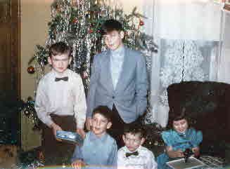 60-00-00, 01, Frank, Johnny, Gerry, Peter, Janice Christmas